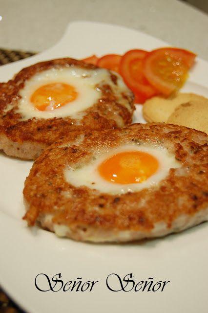 Hamburguesa rellena de huevo frito | Receta de Sergio