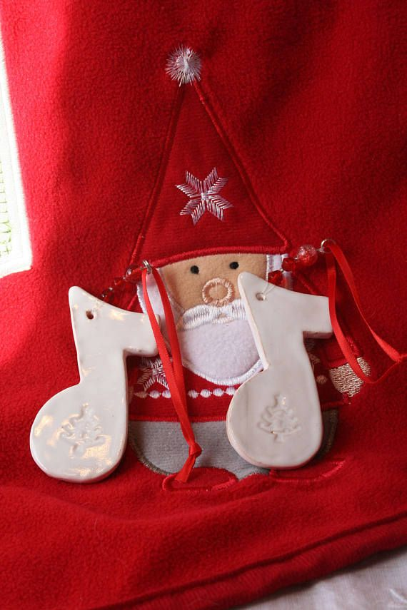 Music Note Pottery Christmas Tree Decorations x 2. Xmas