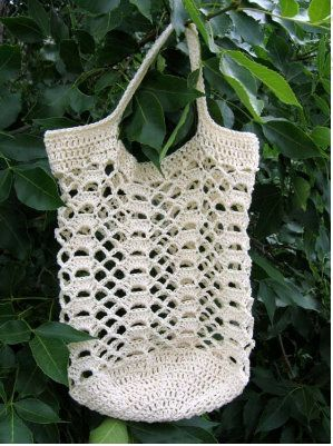 Go Green Lacy Shells Tote Bag  Made with #10 thread - 2 strands held as 1 free pattern from Designs by KN