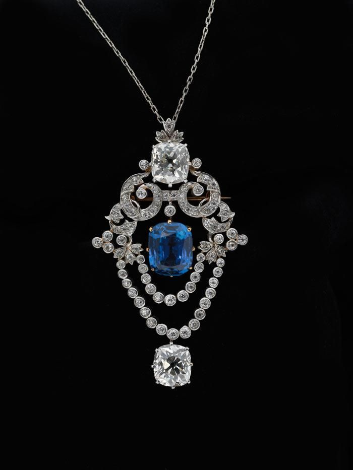 Tiffany & Co., Pendant brooch, ca. 1900 • Platinum, diamond, sapphire • Museum of the City of New York, Bequest of Mrs. V. S. Young, 82.163.1