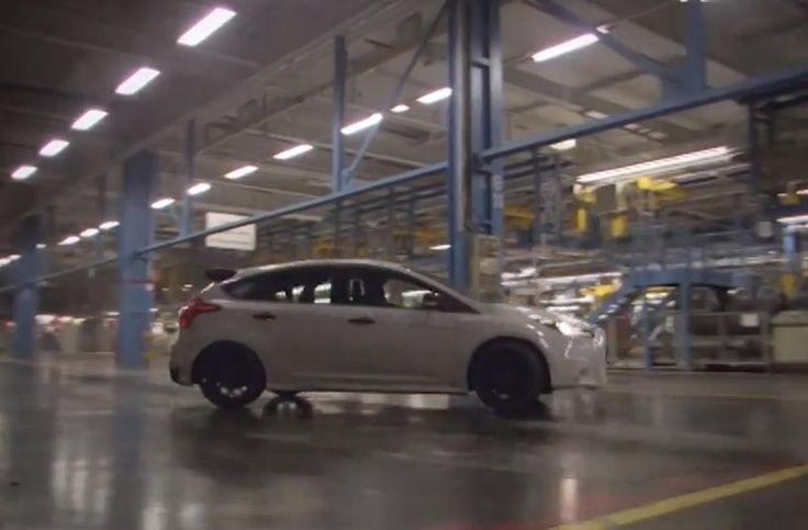 """Знаехме си! Кен Блок """"обязди"""" Ford Focus RS (видео)"""