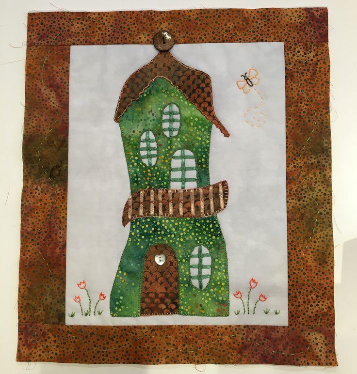 Dette smukke Gaudi-hus er syet af min kursist Gerd Knudsen hos Speich Design.