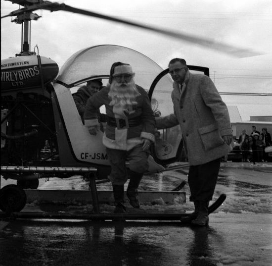 Santa Arrives at Dell Shopping Mall in Whalley by Helicopter, Dec. 17, 1964. (Photo via Surrey Archives)
