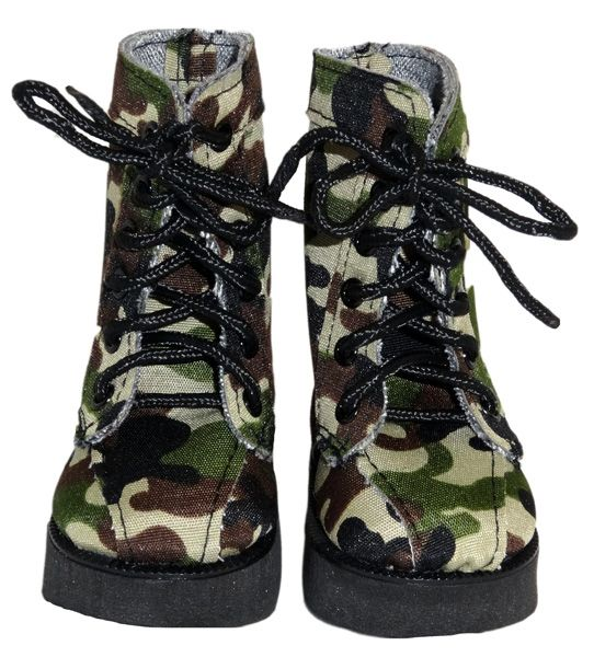 These camouflage boots are perfect with the army uniform.  They lace up at the front and small hands may need help putting them on your doll.