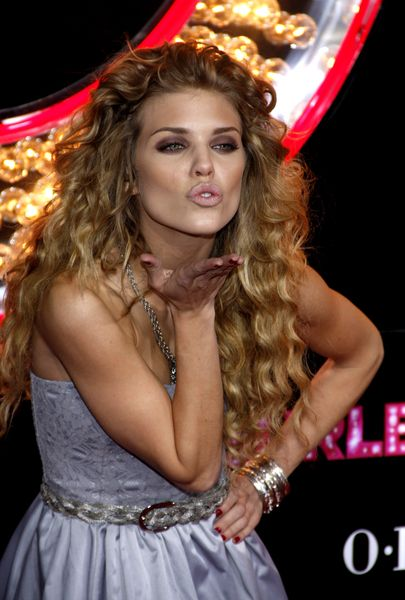 images of hair styles for long hair 1000 ideas about annalynne mccord on 7960 | cde8a31b7eb584602e6f9d7960a40a22