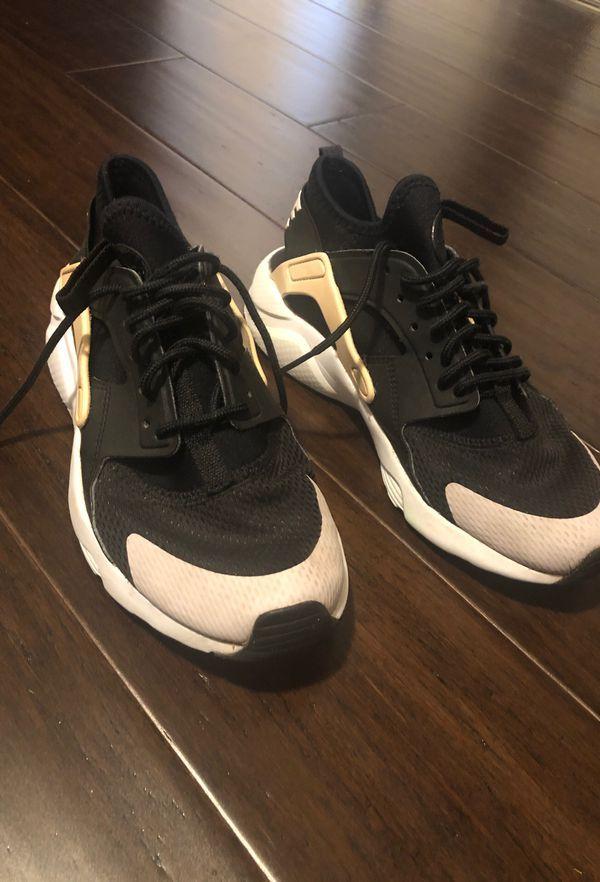 Huarache Nike Shoes Youth Size 4.5 for