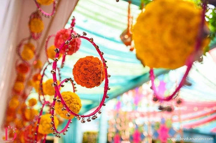 The 25 best indian wedding decor ideas diy images on pinterest check out this colorful decor idea to use it for your wedding junglespirit Image collections