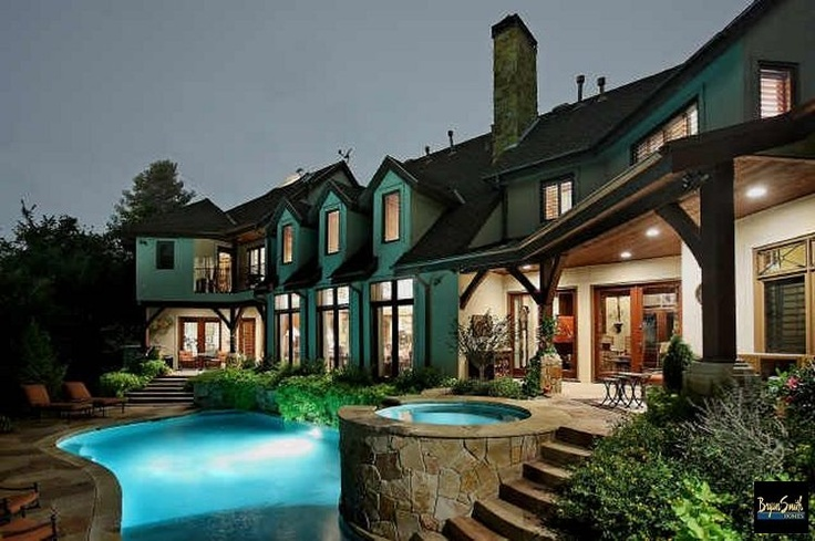 10 best outdoor living environments summer kitchens pools for Texas hill country builders