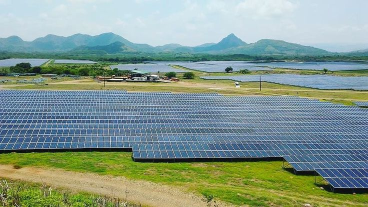Wide view of solarfarm Solutions get alternative source of power that last with zero maintenance cost. Call our Sales/Support line on 08136183881 . . . . . . #alternative #power #view #powermanagement #energy #solarfarm #solar #solarsystems #solarpanel #renewableenergy