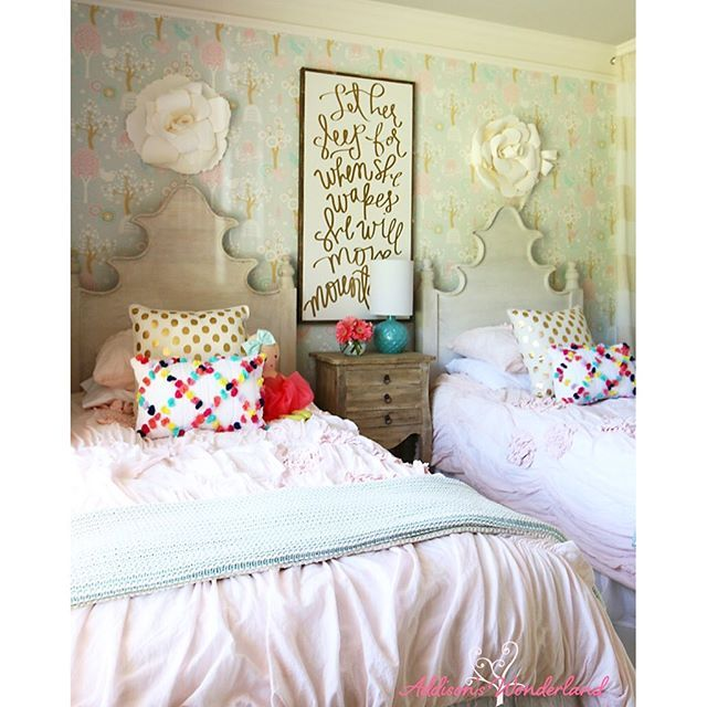 Small Cozy Bedroom For Girls Bewitching Pink Wallpaper In: 17 Best Images About Kid-spiration On Pinterest