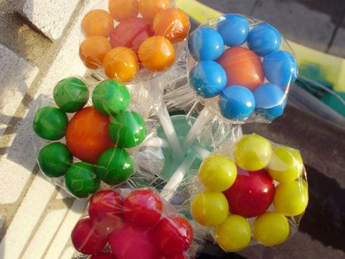 Bubble-gum bouquets for party favors.