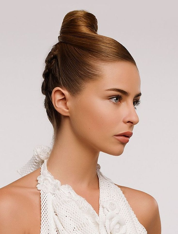 Best 25 Oval  face  hairstyles  ideas on Pinterest