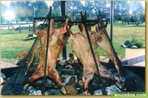 Medio catering asados argentinos a domicilio
