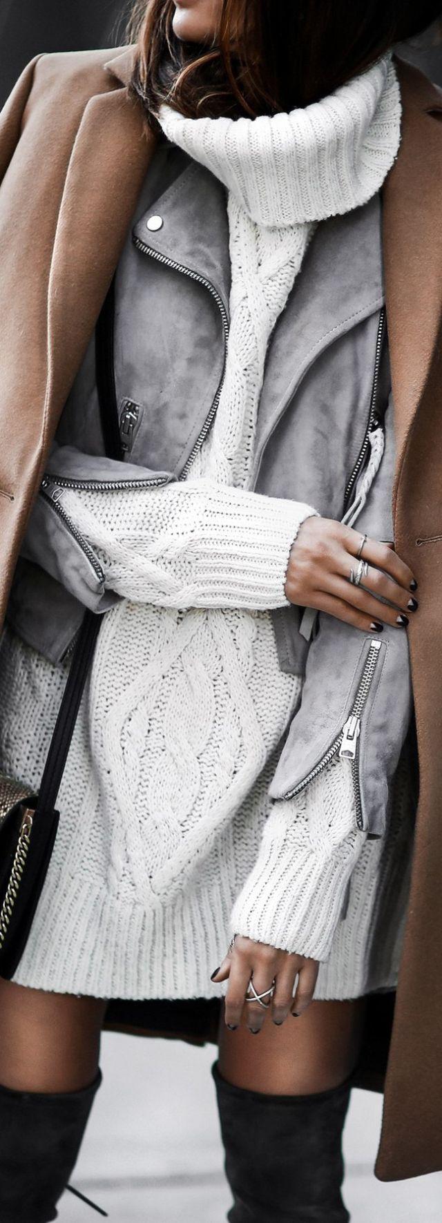 Street Fashion... layers. Minimalistic jewelry. Perfection.