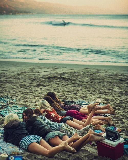 beach bums. zazumi.com