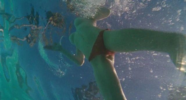 Amanda Seyfried toppless photos