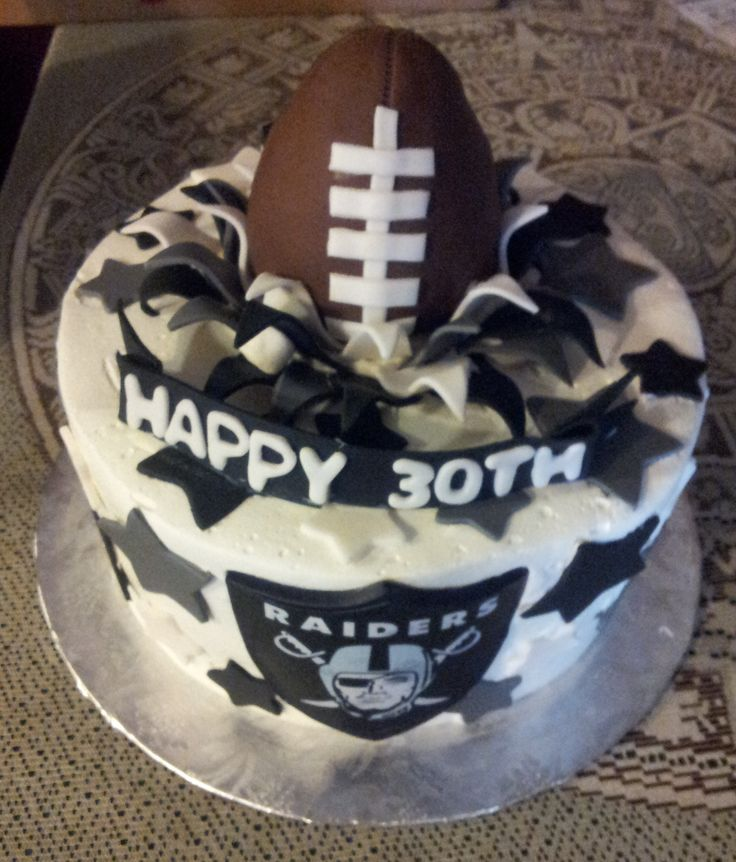 Raiders Cake Decor : 42 best images about Moving Up Cake on Pinterest Oakland ...