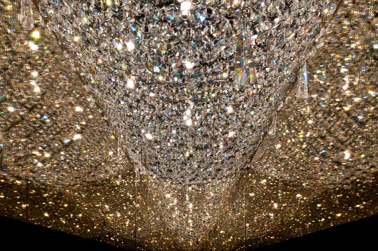 DEEP SKY Crystal pendant lamp by Manooi #crystalchandelier #lightingdesign #interior #chandelier #coollamps #luxury #Manooi