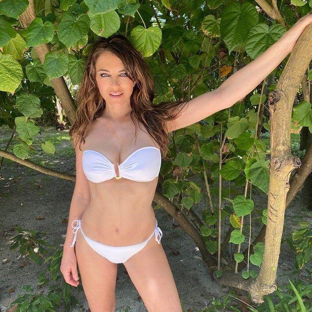 Elizabeth Hurley Ukbabes In 2020 Elizabeth Hurley Bikini Hurley Bikini Celebrity Swimwear