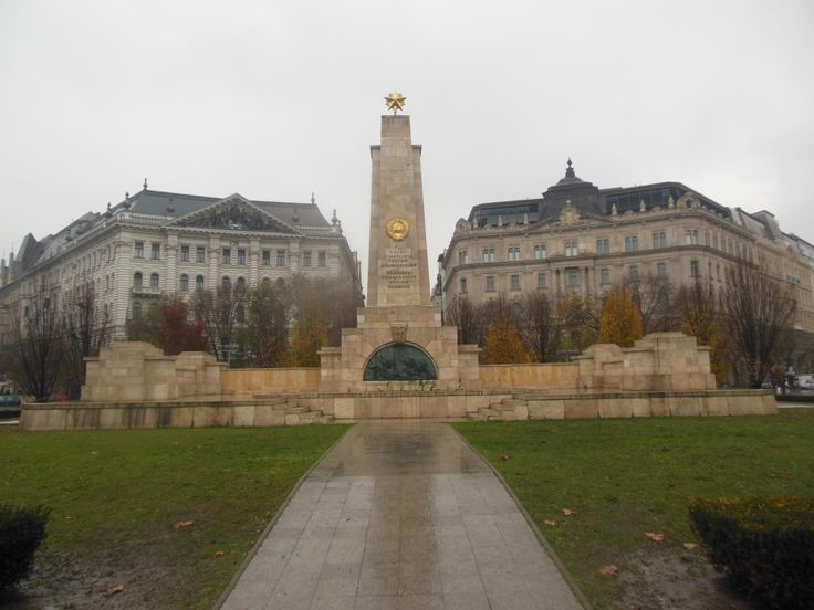 Liberty Square (Szadadsag Ter) - Budapest, Hungary