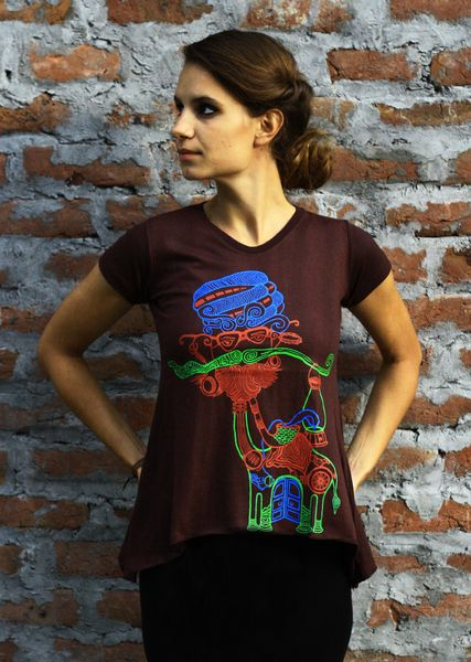 Moustache Camel Women's Top,Indian Graphic art from ColourBus by DaWanda.com #moustache #graphicart #rajasthan #camel #tshirt #psychedelic