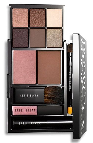 Main Image - Bobbi Brown 'Bobbi's Beauty Book' Eye, Cheek & Lip Palette (Nordstrom Exclusive) ($165 Value)