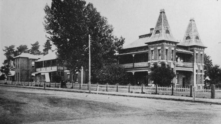 Orange district hospital, 1927. Photo:  The Collections of Central West Libraries.