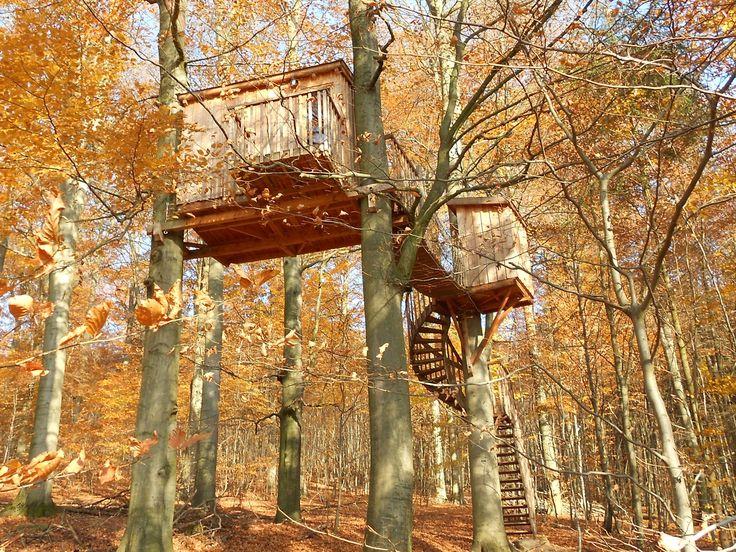 17 best ideas about baumhaushotel deutschland on pinterest baumhaus urlaub urlaub in. Black Bedroom Furniture Sets. Home Design Ideas