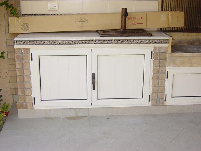 Puertas Aluminio Para Asador Color Hueso Con Bisagras Y