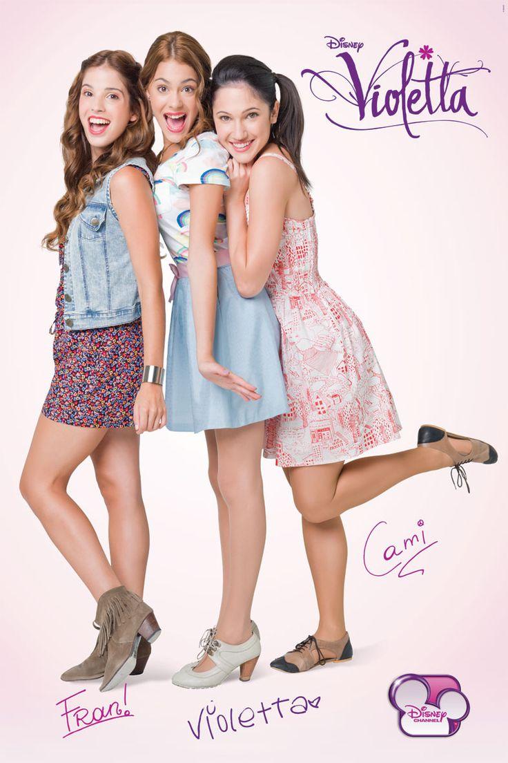 Violetta com suas amigas