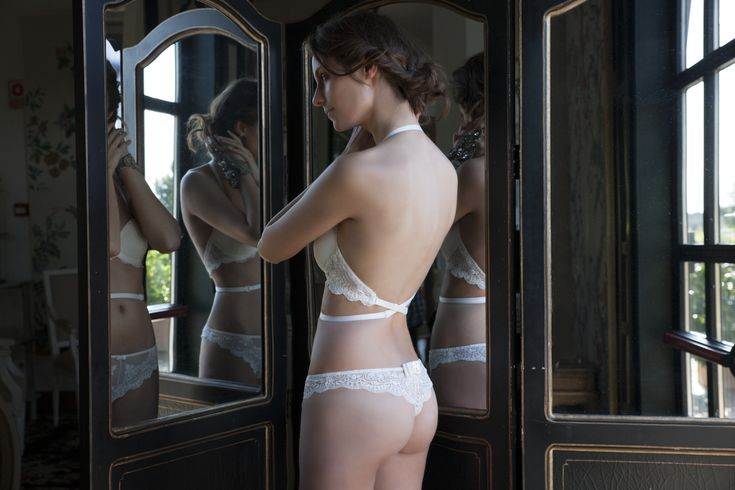Exquisite Bridal. Italian lace. In the boutique now... #bridal #lingerie #lingerieaddict #lace #stunning #italian #wedding #luxurylingerie #bridallingerie #bridetobe #beautiful #silk #lingerielovers #romance