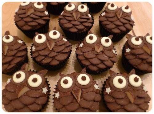 Creative Chocolate Button Cakes DIY Ideas   iCreativeIdeas.com Like Us on Facebook ==> https://www.facebook.com/icreativeideas