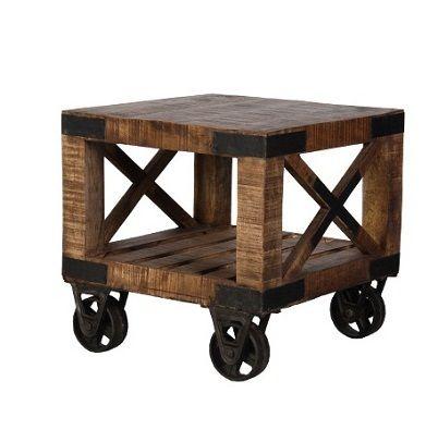 Industiellt soffbord på hjul 60x60x50 cm (rek.pris 2395 kr) / Möbler industriell stil