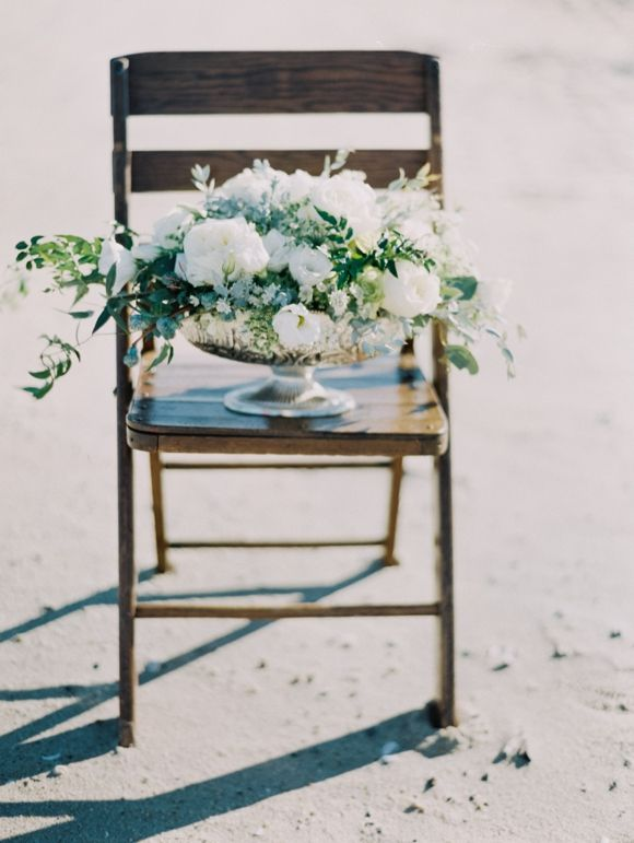 Elegant winter beach wedding inspiration