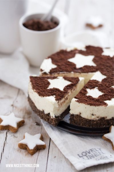 ... zimtstern cheesecake topped with cinnamon & cocoa ...