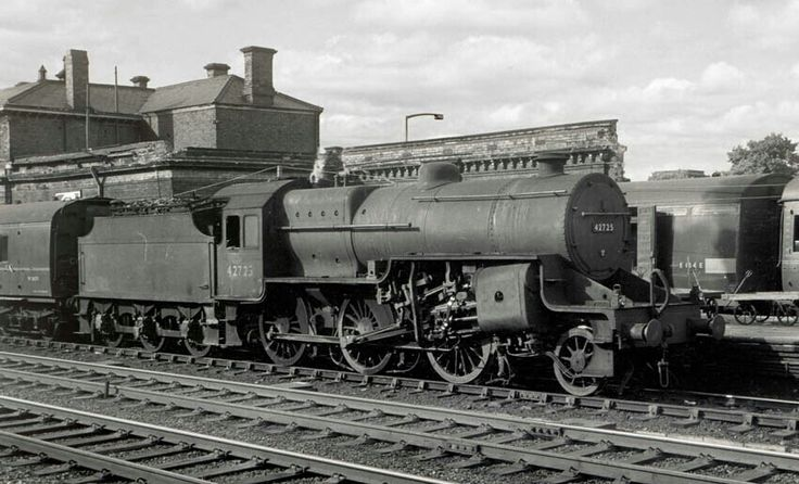 BR (LMS) Hughes Fowler class 5  'crab' 2-6-0