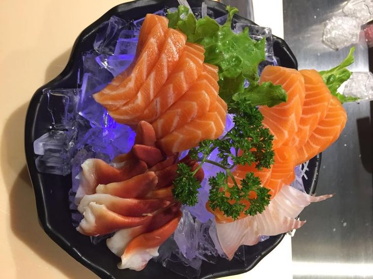 Calgarians are obsessed with this new sushi buffet restaurant ...