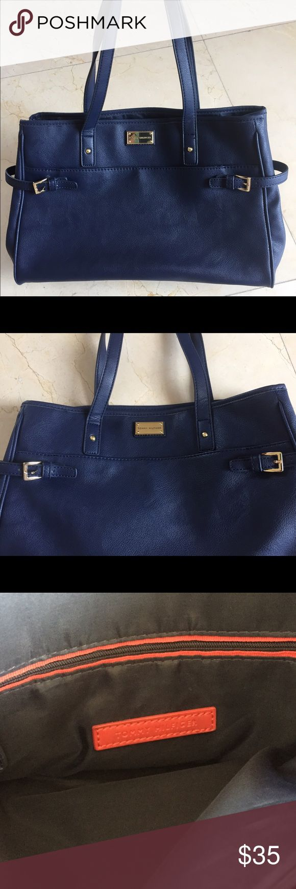 Tommy Hilfiger faux leather navy bag Tommy Hilfiger faux leather navy bag. Fabric interior. In great condition! Used 2x :D Tommy Hilfiger Bags Totes