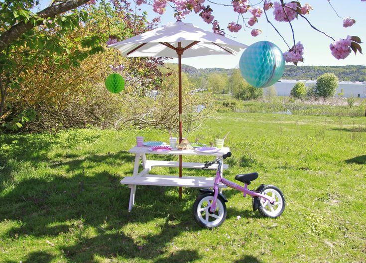 Woodlii Picknickbord med Parasoll, Vit