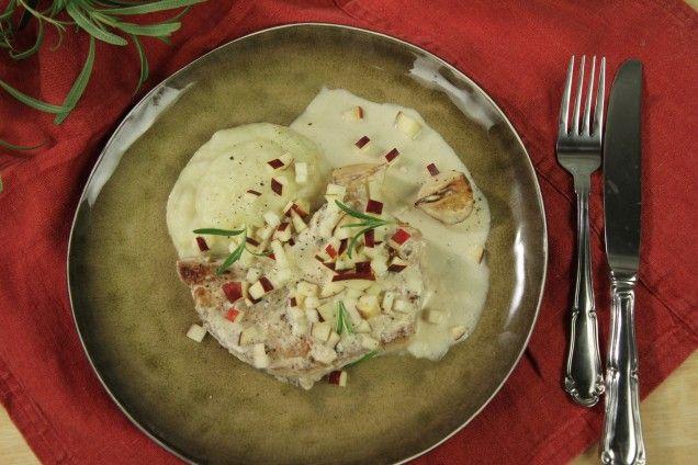 Fläskkotlett med cidersås och potatis- samt jordärtskocksmos