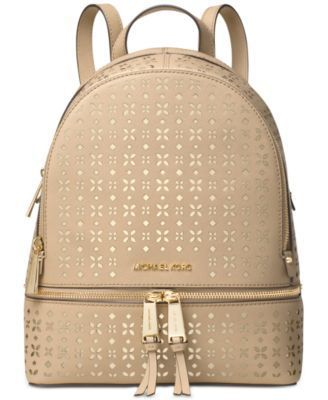 a66cb47f2845 Pin by Karen Simmons on Bags | Michael kors backpack, Micheal kors  backpack, Michael kors handbags clearance