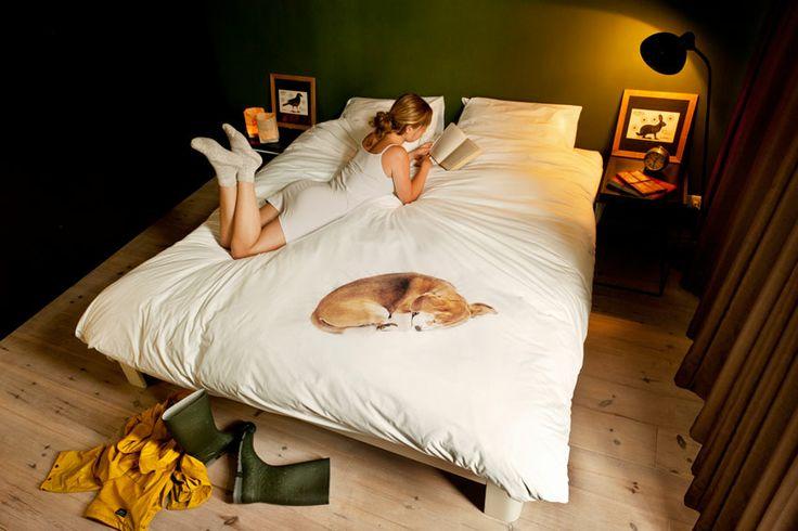 White duvet Bob Single  White duvet cover with print of dog Bob by Snurk Beddengoed.