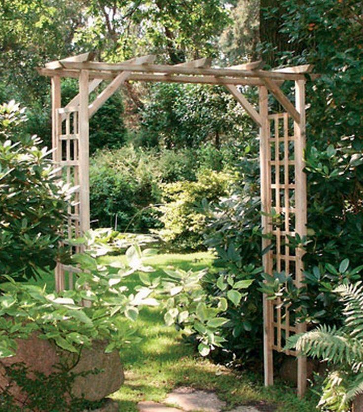 La pergola bois Asceza a la forme classique d'une arche construite en bois d'épicéa et de pin traité sous pression. Prix 99,99€