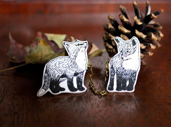 Illustrated Fox collar clips by WishbonesCollective on Etsy