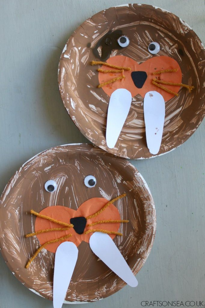 This easy walrus craft for kids is great for teaching about colour mixing ,learning about arctic animals or just because it's fun!