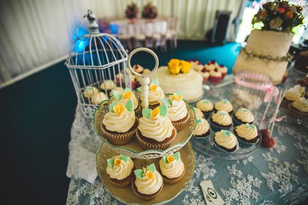 Cupcakes ;-) Anthony-and-Gemma's-Wedding-by-Wrapped-in-Plastic-75