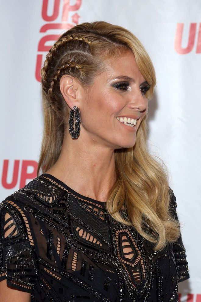 Tendance : Coiffure tresse : Heidi Klum sait pimper sa longue chevelure avec deux tresses plaquées et rien d