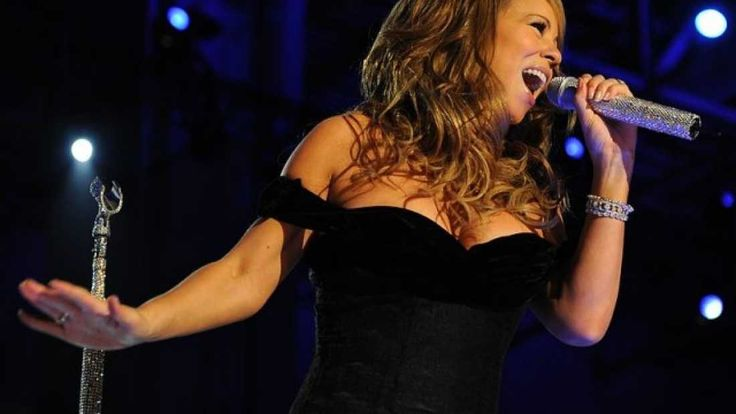 This Version Of Mariah Carey's Festive Hit Will Completely Baffle Your Brain