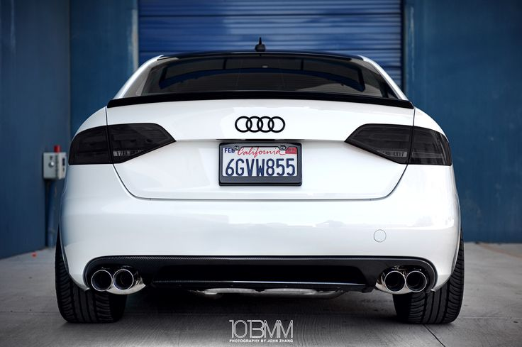 Audi A5 looking good from the back!