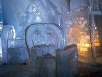 Möbel aus Eis (Bild: Sweden Image Bank/Peter Grant)
